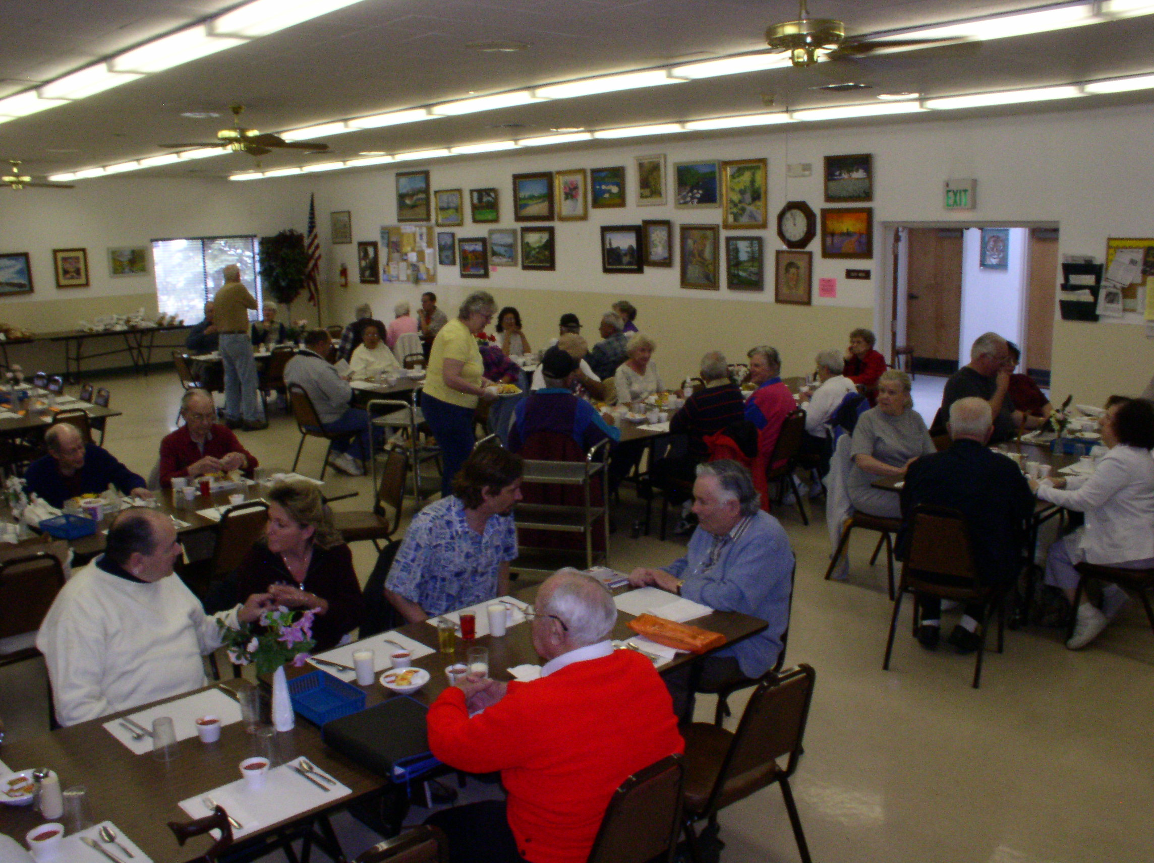 Senior Center (lunch time).JPG