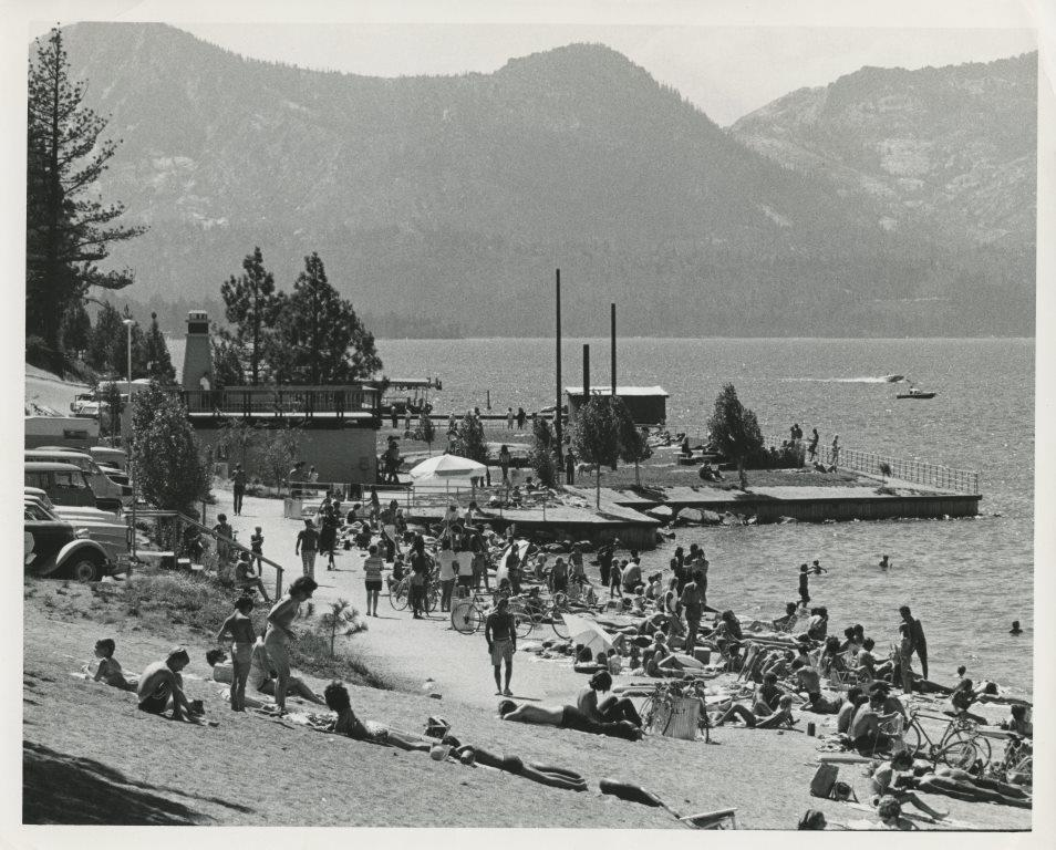 1971 Regan Beach.jpg